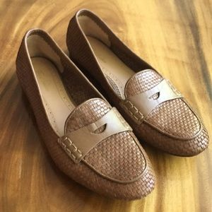 Brooks brothers penny loafers with a basket weave
